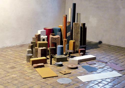 Opening Spiral, Tony Cragg, installation,1982
