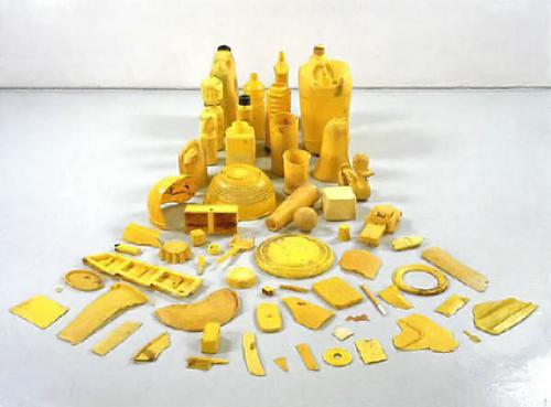 Yellow Axe, Tony Cragg, installation, 1981